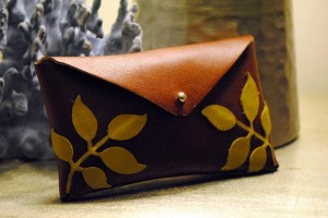 Leather Ivy Clutch
